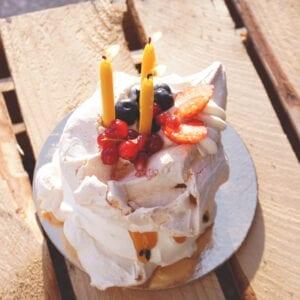 świece z wosku pszczelego urodzinowe